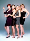 The cast of 'Sex And The City' Season 2 Clockwise from top left Cynthia Nixon Kristin Davis Sarah Jessica Parker and Kim Cattrall 1999 Paramount...