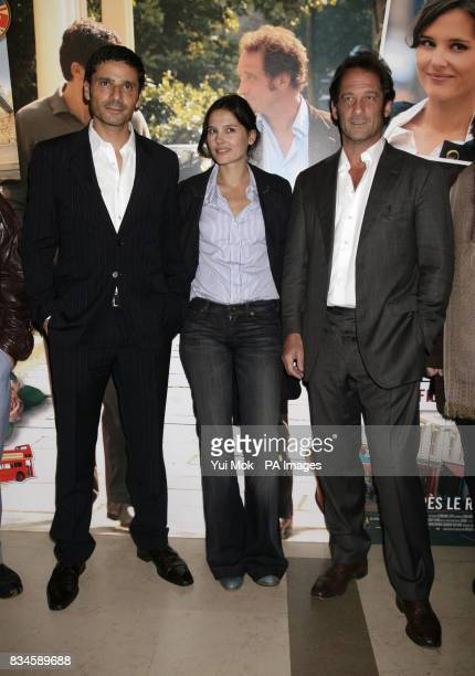 The cast of the film Pascal Elbe Virginie Ledoyen and Vincent Lindon arrive for the gala premiere of French film 'Mes Amis Mes Amours' at the Cine...