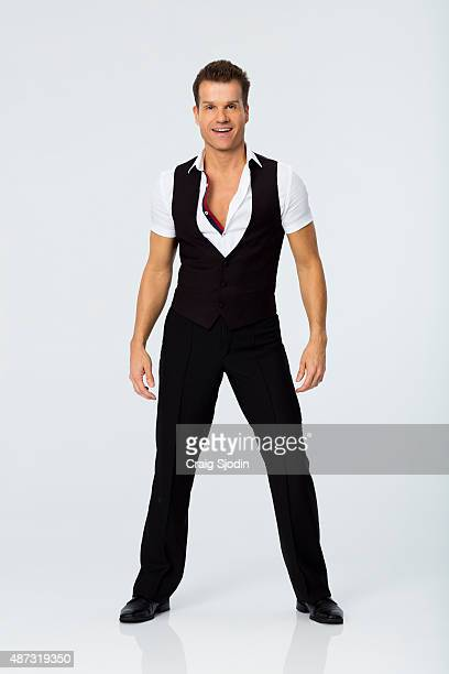 AMSTEL The celebrity cast of 'Dancing with the Stars' is lacing up their ballroom shoes and getting ready for their first dance on MONDAY SEPTEMBER...