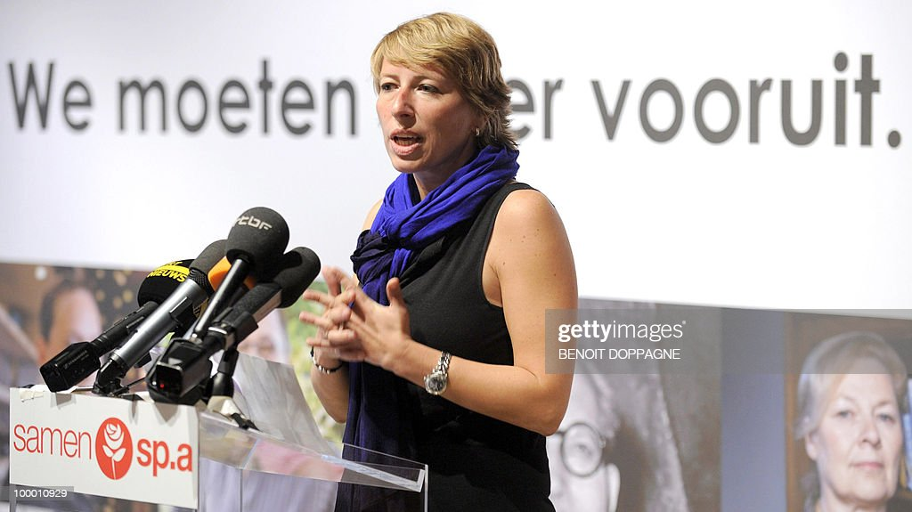 The Chairwoman of the SP.A (Flemish Socialists) Caroline Gennez gives a speech during the press conference to present the election campaign of the Flemish Socialist party on May 20, 2010 in Brussels ahead of the upcoming federal elections.