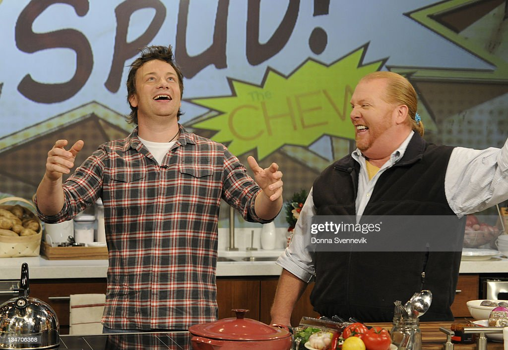 THE CHEW - 'The Chew' welcomes chef Jamie Oliver, December 2, 2011. 'The Chew' airs MONDAY - FRIDAY (1-2pm, ET) on the ABC Television Network. (Photo by Donna Svennevik/ABC via Getty Images)JAMIE