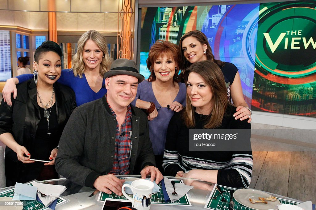 THE VIEW - 'The Chew's' <a gi-track='captionPersonalityLinkClicked' href=/galleries/search?phrase=Michael+Symon&family=editorial&specificpeople=4756075 ng-click='$event.stopPropagation()'>Michael Symon</a> visits 'THE VIEW,' 2/5/16 (11:00 a.m. - 12:00 noon, ET) airing on the ABC Television Network. FARIS