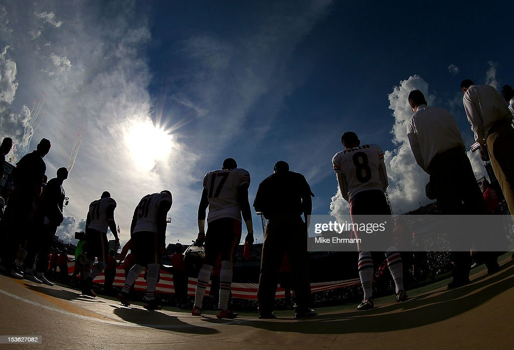 The Chicago Bears line up before a game against the Jacksonville Jaguars at EverBank Field on October 7, 2012 in Jacksonville, Florida.