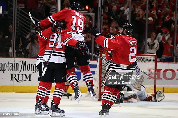 The Chicago Blackhawks celebrate a third period goal by Patrick Kane against the Anaheim Ducks in Game Four of the Western Conference Finals during...