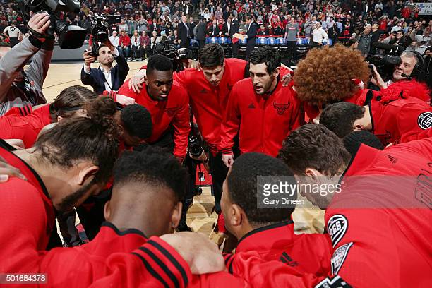 The Chicago Bulls huddle before the game against the Memphis Grizzlies on December 16 2015 at the United Center in Chicago Illinois NOTE TO USER User...
