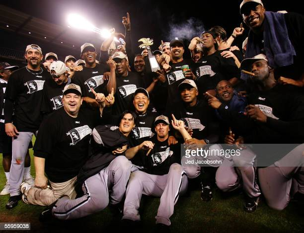 The Chicago White Sox gather on the field for a group photo after they win the American League Pennant by a score of 63 against the Los Angeles...