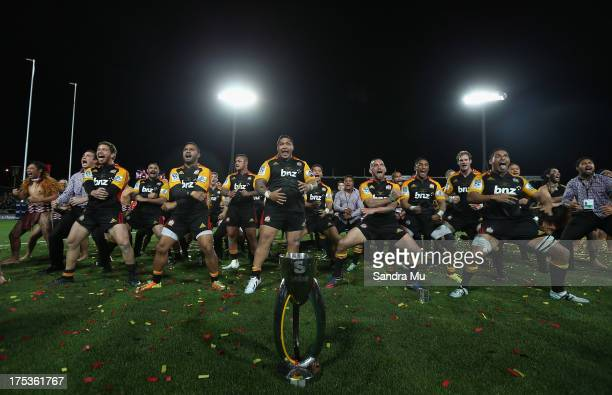 The Chiefs celebrate winning with a victory haka after the Super Rugby Final match between the Chiefs and the Brumbies at Waikato Stadium on August 3...
