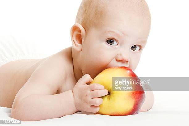 L'enfant avec apple