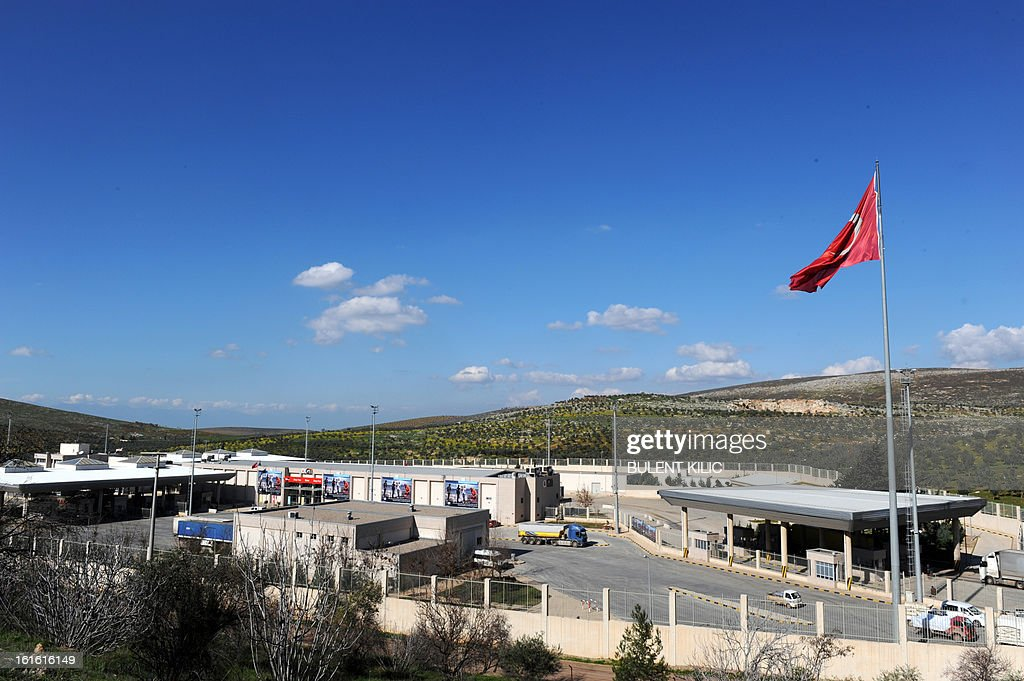 The Cilvegozu border crossing is pictured on February 13, 2013 in the vicinity of the site where a vehicle exploded on February 11 in the buffer zone between Turkey and Syria. Fourteen people died in the blast. AFP PHOTO / BULENT KILIC