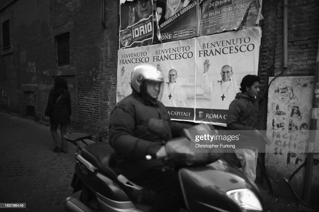 The City of Rome welcomes <a gi-track='captionPersonalityLinkClicked' href=/galleries/search?phrase=Pope+Francis&family=editorial&specificpeople=2499404 ng-click='$event.stopPropagation()'>Pope Francis</a> with a poster campaign on March 15, 2013 in Rome, Italy. Daily life continues around the vatican as romans prepare for the inauguration mass of <a gi-track='captionPersonalityLinkClicked' href=/galleries/search?phrase=Pope+Francis&family=editorial&specificpeople=2499404 ng-click='$event.stopPropagation()'>Pope Francis</a>, the first ever Latin American Pontiff.