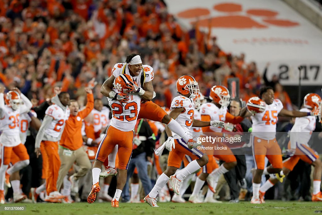 The Clemson Tigers celebrate defeating the Alabama Crimson Tide 35-31 in the 2017 College Football Playoff National Championship Game at Raymond James Stadium on January 9, 2017 in Tampa, Florida.