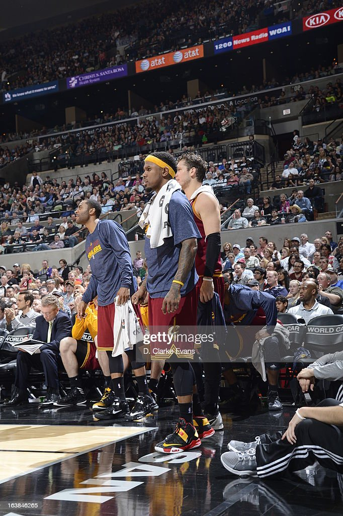 The Cleveland Cavaliers players watch from courtside during the game between the Cleveland Cavaliers and the San Antonio Spurs on March 16, 2013 at the AT&T Center in San Antonio, Texas.