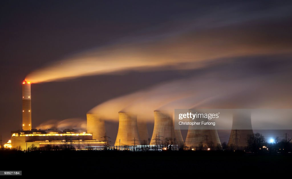 The coal fuelled Cottam power station generates electricity on November 30, 2009 in Retford, Nottinghamshire, United Kingdom. As world leaders prepare to gather for the Copenhagen Climate Summit in December, the resolve of the industrial nations seems to be weakening with President Obama stating that it would be impossible to reach a binding deal at the summit. Climate campaigners are concerned that this disappointing announcement is a backward step ahead of the summit.