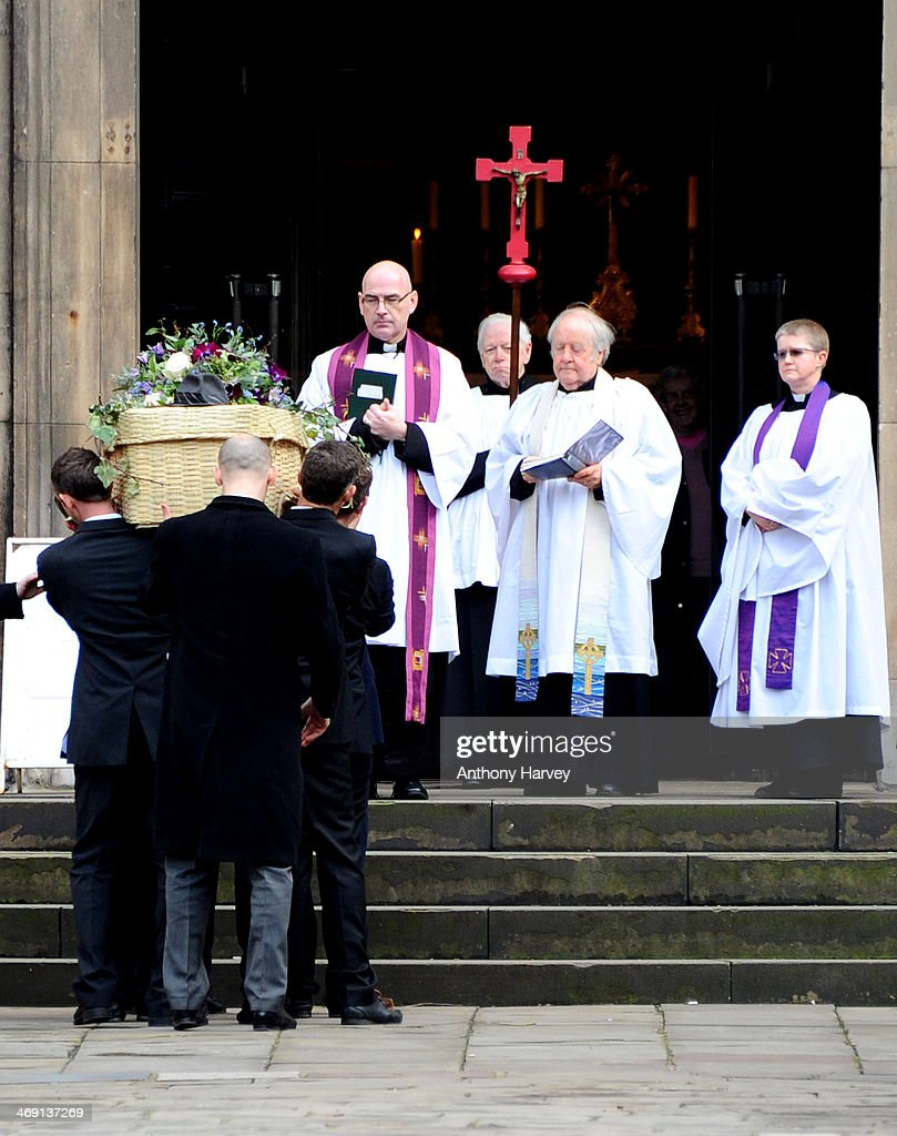 The coffin of actor Roger Lloyd-Pac is carried into St Paul's Church for his funeral service on February 13, 2014 in London, England.