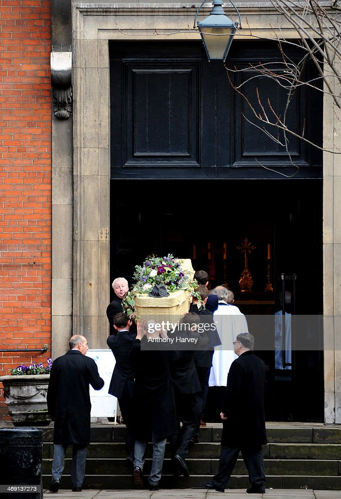 The coffin of actor Roger Lloyd-Pack arrives at St Paul's Church for his funeral service on February 13, 2014 in London, England.