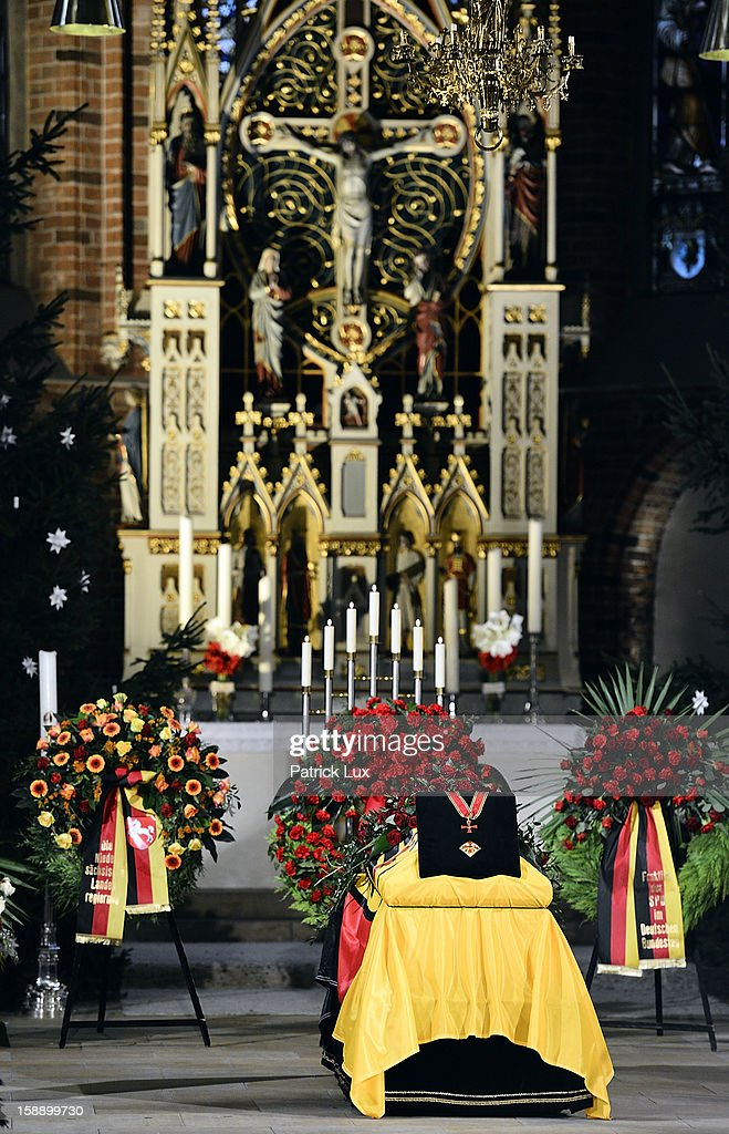 The coffin of former German Defence Minister Peter Struck lays in state at a memorial service on January 3, 2013 in Uelzen, Germany. Struck was a leading member of the German Social Democrats (SPD) and died in December following a heart attack.