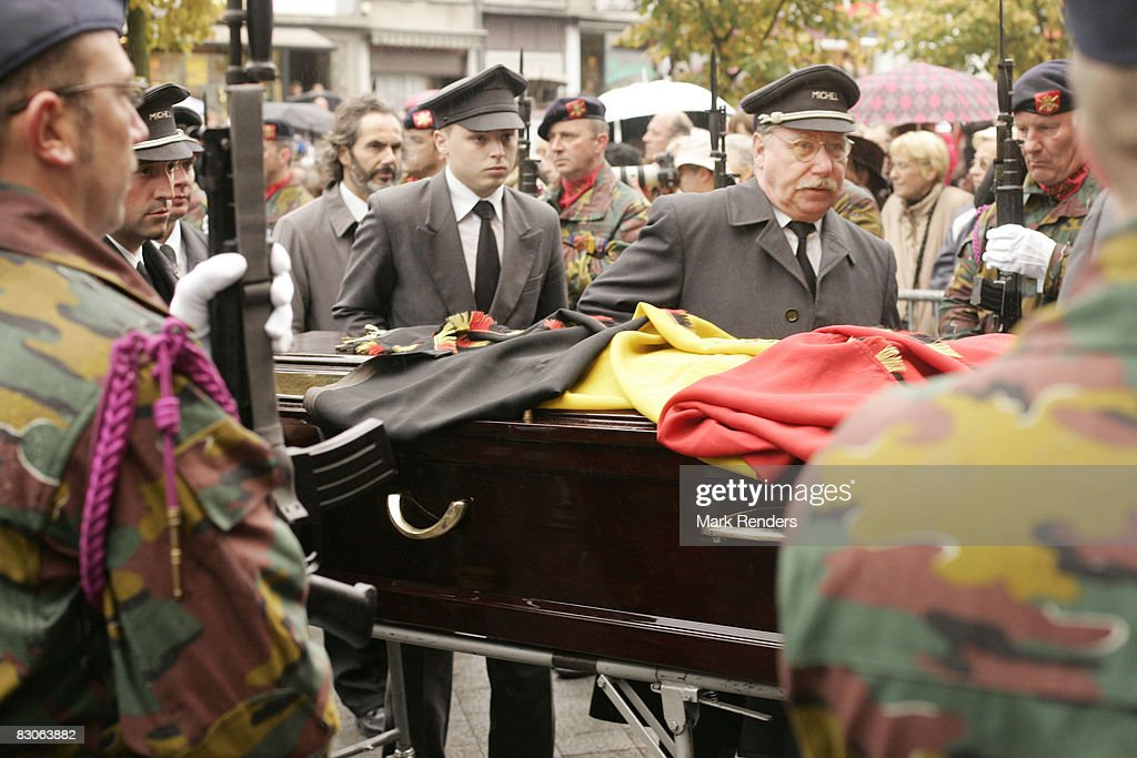 The coffin of Patrick d'Udekem d'Acoz, Princess Mathilde of Belgium's father, is carried at his funeral at Saint Pierre Church on September 30, 2008 in Bastogne, Belgium.