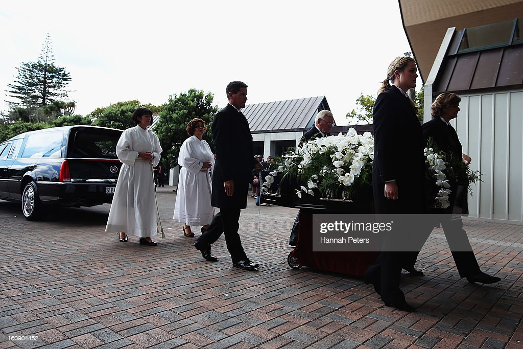The coffin of Sir Paul Holmes arrives at Auckland Cathedral of the Holy Trinity in Parnell on February 8, 2013 in Auckland, New Zealand. Hundreds gathered to pay their respects to Sir Paul Homes who passed away last Friday after losing his battle with prostate cancer. Holmes broadcasting career spanned over 40 years on radio and television in New Zealand, Australia, Netherlands and the UK.
