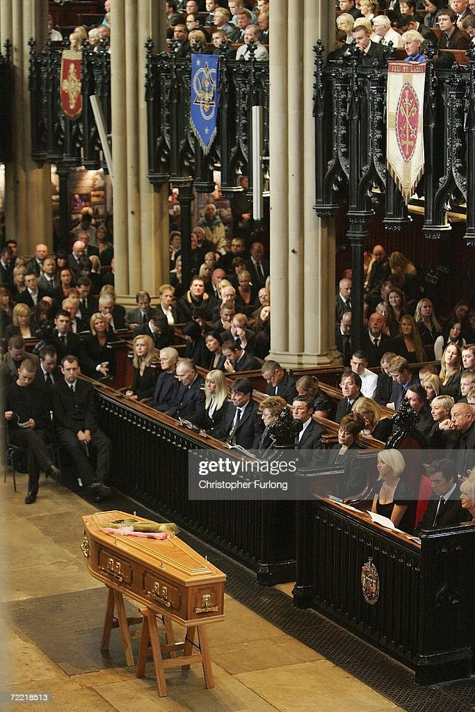 The coffin of snooker star Paul Hunter stands in the aisle of Leeds parish Church during his funeral on October 19, 2006 in Leeds, England. The three-time Masters champion lost his battle to cancer on October 6, 2006 at the age of 27, leaving behind wife, Lindsey, and a daughter, Evie Rose.