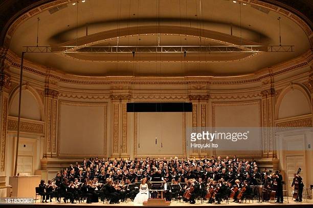 The Collegiate Chorale performing Mendelssohn's 'Elijah' at Carnegie Hall on Monday night November 19 2007This imageThe Collegiate Chorale and the...
