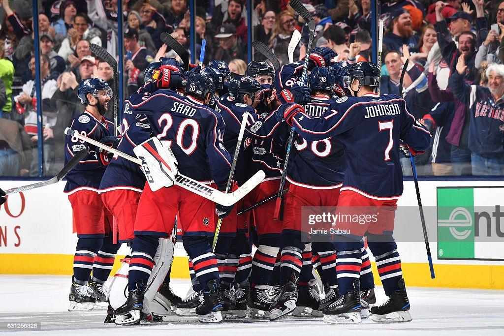 Philadelphia Flyers v Columbus Blue Jackets Photos and Images ...