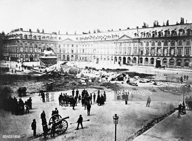 The column Vendome is seen after its demolition on May 1871 during the Paris Commune / AFP PHOTO /