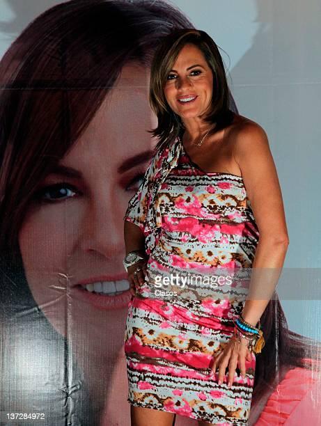 Roxana Castellanos Nude Photos 31