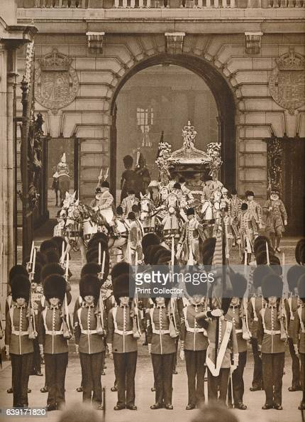 The Coronation Procession to the Abbey' 1937 Leaving Buckingham Palace The Setting Forth for the Great Solemnity King George ascended the throne upon...