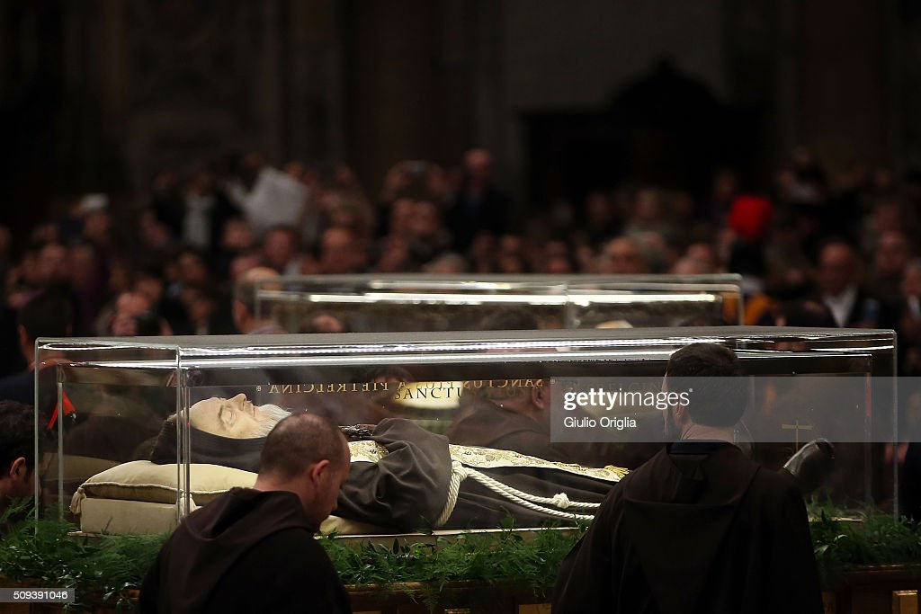 The corpse and relics of Padre Pio are carried by frears as they are displayed in St. Peter's Basilica for veneration by the faithful in connection with the ongoing Extraordinary Jubilee Year of Mercy during Ash Wednesday Mass at St. Peter's Basilica on February 10, 2016 in Vatican City, Vatican. Ash Wednesday opens the liturgical 40 day period of Lent; encouraging prayer, fasting, penitence and alms giving, leading up to Easter. The Pontiff will leave on Friday for Cuba and Mexico where he will hold an unprecedented meeting with Patriarch Kirill of Moscow and All Russia on February 12th.