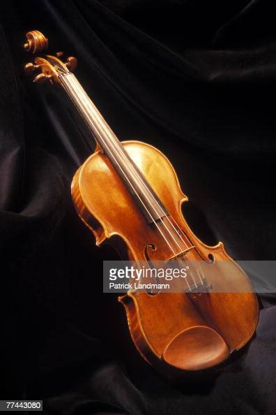 dating violinist The devil's trill: the devil's trill, sonata for violin and basso continuo by italian composer giuseppe tartini, dating from about 1713 or, more likely, according to scholars of tartini's style, after 1740.