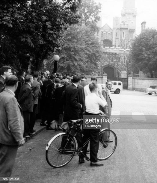 The crowd at the gates of Holloway Prison London as Ruth Ellis is executed for the murder of her lover racing motorist David Blakely She was the last...
