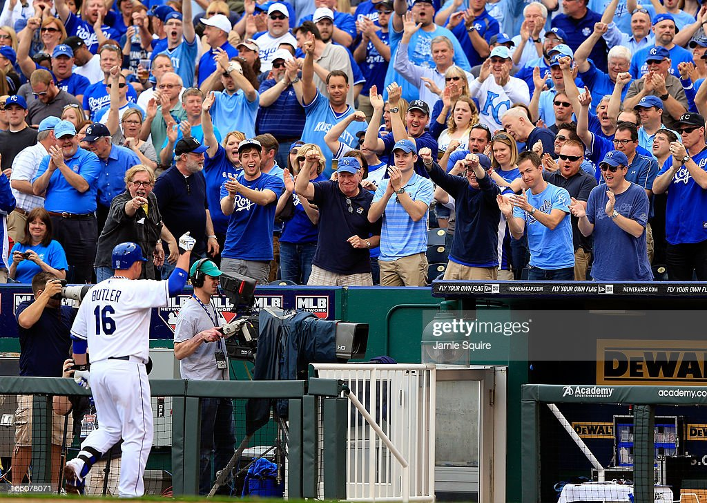 The crowd cheers as <a gi-track='captionPersonalityLinkClicked' href=/galleries/search?phrase=Billy+Butler&family=editorial&specificpeople=759092 ng-click='$event.stopPropagation()'>Billy Butler</a> #16 of the Kansas City Royals is substituted for during the 8th inning of the Kansas City Royals home opener against the Minnesota Twins at Kauffman Stadium on April 8, 2013 in Kansas City, Missouri.
