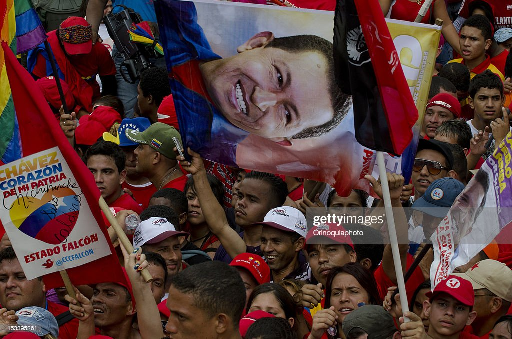 The crowd during the closing rally of the Venezuelan president Hugo Chavez´s campaign on October 04, 2012 in Caracas, Venezuela. Chavez will compete for the presidency with the opposition candidate Henrique Capriles in elections to be held next October 7.