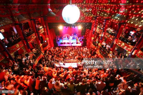 The crowd watches as musician Suzanne Vega performs during the iTunes Live Fesival at Koko on July 22 2008 in London England