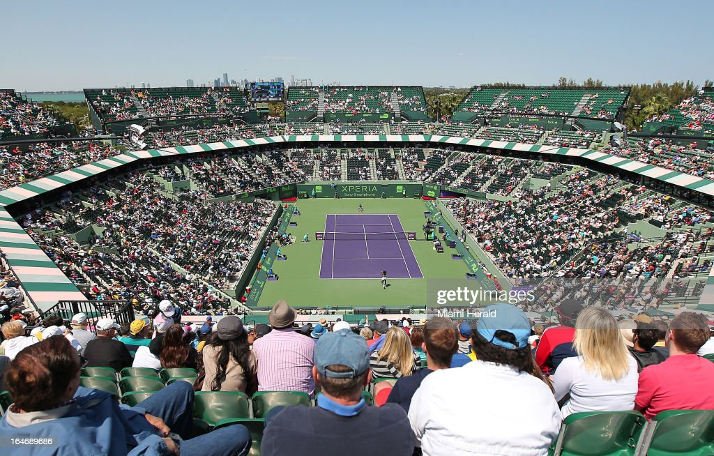 The crowd watches as Serena Williams of USA returns the ball to Na Li of China during their match on Day 9 of the Sony Open tennis tournament at Crandon Park in Key Biscayne, Tuesday, March 26, 2013.