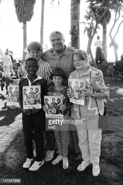 TEAM 'The Crystal Skull' Episode 10 Pictured George Peppard meets with fans on the set Photo by Ron Tom/NBCU Photo Bank