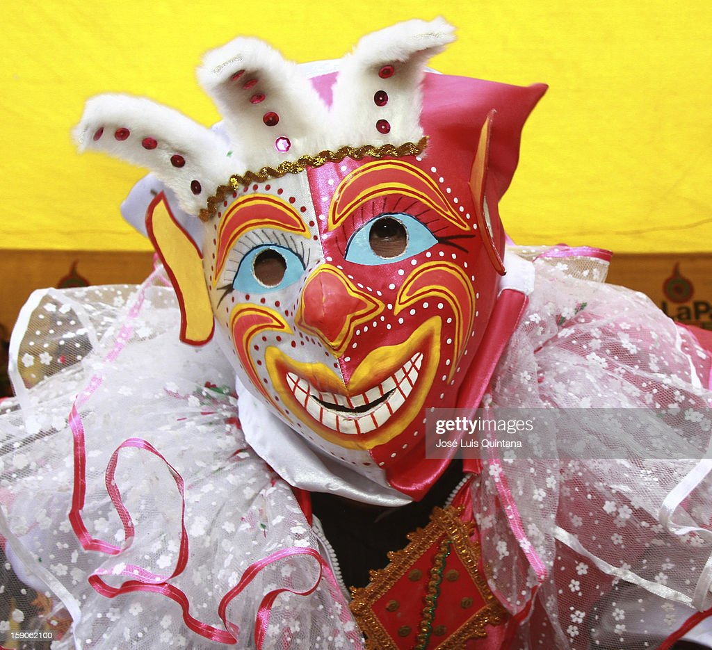 'The Cucumber' is unearthed, acording the tradition and inauguratin the carnival celebrations 2013, on January 06, 2013, in La Paz, Bolivia.