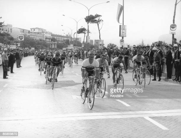 The cyclists pass through Palermo in Sicily on the 6th Stage of the 50th Giro d'Italia 25th May 1967 German cyclist Rudi Altig is currently in the...