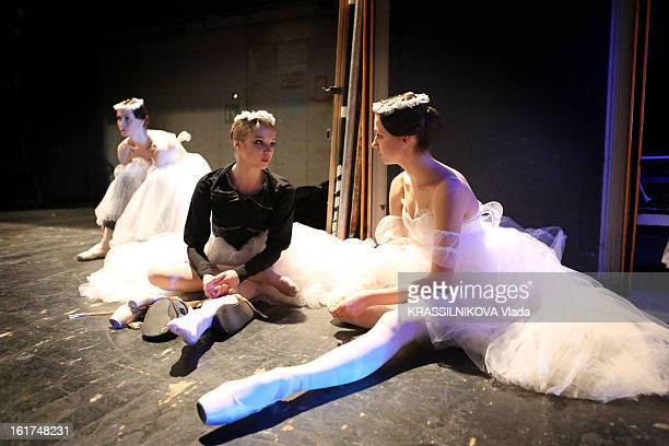 The dancers from the ballet Gisele in the wings of the Bolshoi theatre on February 5 2013 in MoscowRussia