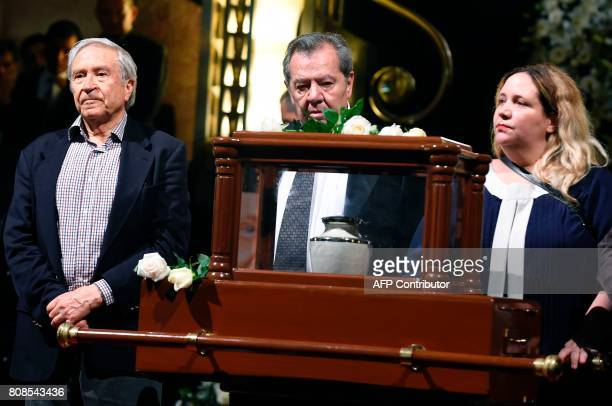 The daugther of Mexican painter and sculptor Jose Luis Cuevas Maria Jose and Mexican poet and writer Homero Aridjis take part in a ceremony in honor...