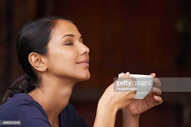Dem köstlichen aroma von frisch gemahlenem Kaffee