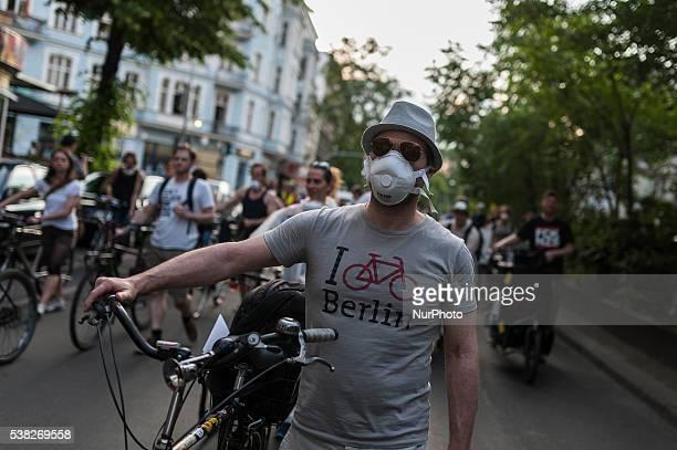 The demonstrators march under the slogan quotHusten wir haben ein Problemquot quotCough we have a problemquot is slogan the demonstration in Berlin...
