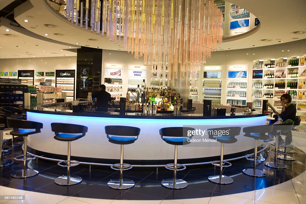 'The Diageo cocktail bar in the World Duty Free Shop in the departure hall at the new architecturally distinctive Heathrow Terminal 5 building This...