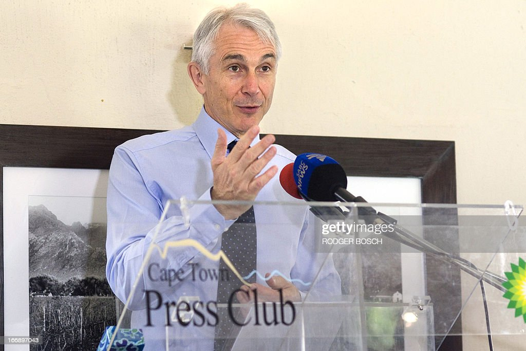 The director-general and chief exectutive officer of the International Air Transport Association (IATA), Tony Tyler, speaks on 18 April 2013 at a lunch organized by the Cape Town Press Club in Cape Town ahead of the IATA annual general meeting and World Air Transport Summit, which is to be held in the city from June 2 to 4. An African city is hosting the event for the first time in over two decades.