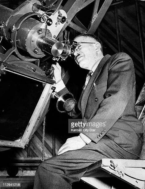 Discovery Of Pluto: Clyde Tombaugh Stock Photos And Pictures