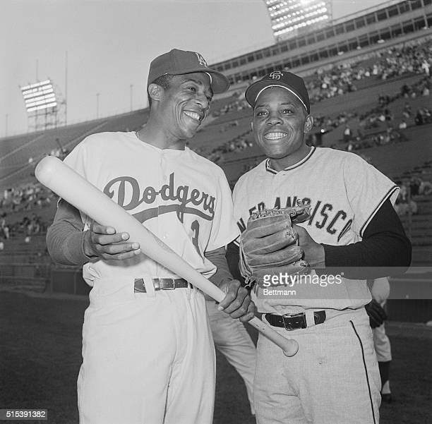 The Dodger's Willie Davis and Giant's Willie Mays get a few moments to talk baseball here before the start of the June 3rd GiantsDodgers game Davis...