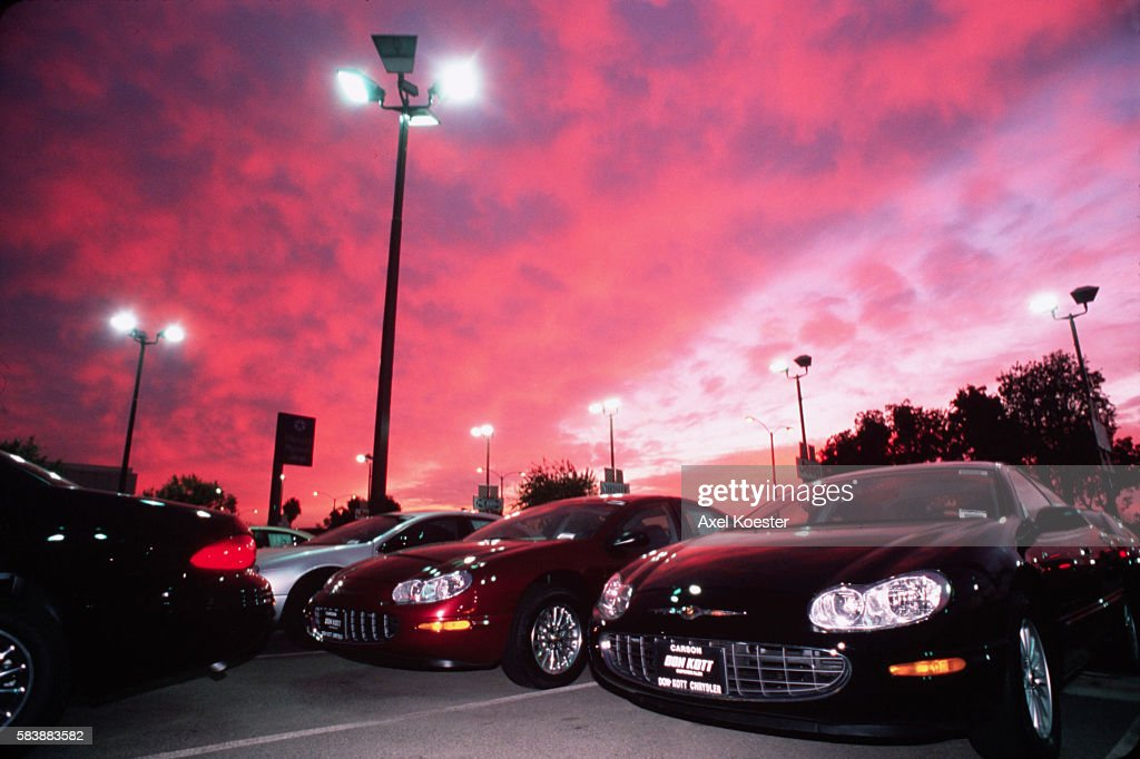 The Don Kott Chrysler dealership in Los Angeles is overstocked with vehicles as the end of 2000 approaches