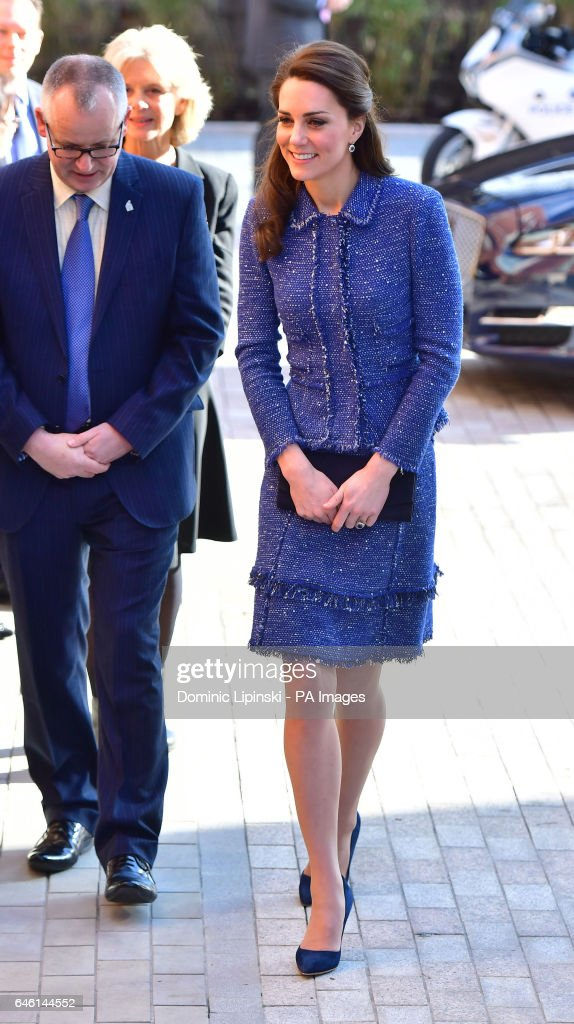 the-duchess-of-cambridge-arrives-at-the-ronald-mcdonald-house-evelina-picture-id646144552