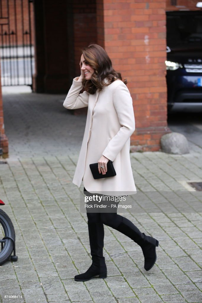 the-duchess-of-cambridge-visits-family-action-at-hornsey-road-centre-picture-id874068414