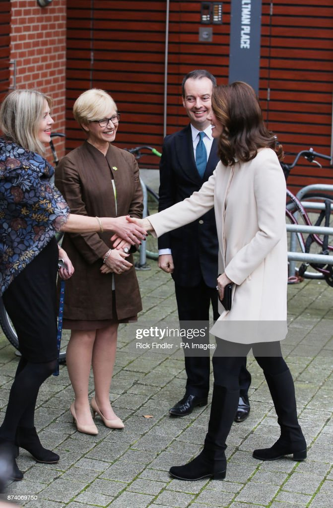 the-duchess-of-cambridge-visits-family-action-at-hornsey-road-centre-picture-id874069750